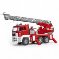 Bruder MAN Feuerwehrauto mit Drehleiter Licht und Sound 02771